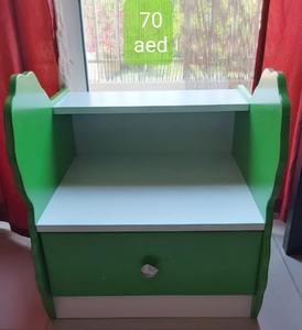 Used Small table with drawer in Dubai, UAE