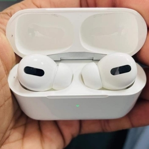 Used Apple airpod pro Buy with trust by 5⭐slr in Dubai, UAE