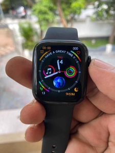 Used Apple W26 smart watches series 6. New in in Dubai, UAE