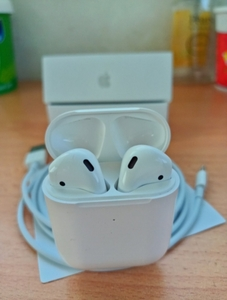 Used APPLE AIRPODS GENERATION2 BUY A NEW in Dubai, UAE