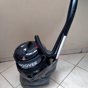Used Hoover Vaccum 1700 used twice only. in Dubai, UAE