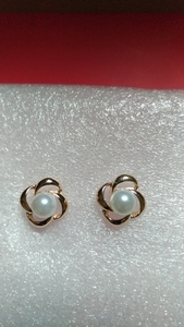 Used Brand new gold plated earring in Dubai, UAE