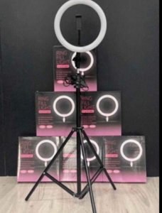 Used RING FILL LIGHT FREE STAND , ✔️✔️ in Dubai, UAE