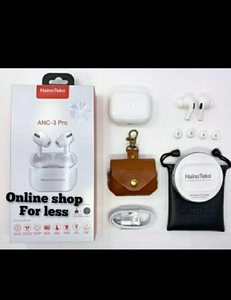 Used Airpods 3 free wireless charger & pouch in Dubai, UAE