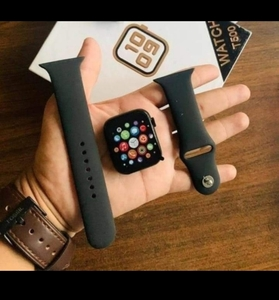 Used ✴️T500 SMARTWATCH CALLING SUPPORT NEW in Dubai, UAE