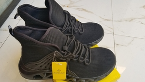 Used Light weight  breathable safety shoes 39 in Dubai, UAE