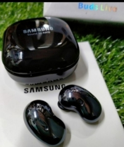 Used SAMSUNG BUDS LIVE NEW PACKED ✔️ NEW in Dubai, UAE