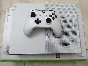 Used Xbox one s all digital in Dubai, UAE