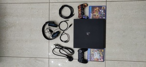 Used Ps4 pro 1tb all stuff and extras include in Dubai, UAE