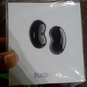 Used Samsung live buds, premium. Quality  up in Dubai, UAE