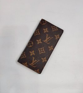 Used LV card holders for two in Dubai, UAE