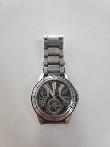 Used Guess automatic watch in Dubai, UAE