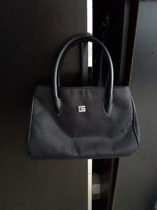 Used Ladies bag preloved in Dubai, UAE