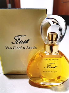 Used Van Cleef and Arpels First Perfume in Dubai, UAE
