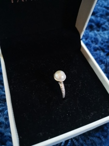 Used Pandora pearl ring-Size 50 in Dubai, UAE