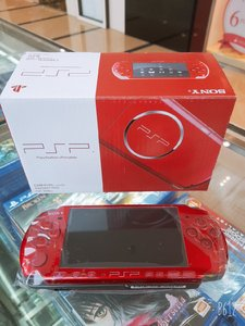 Used sony psp console + 16gb memory +47 games in Dubai, UAE
