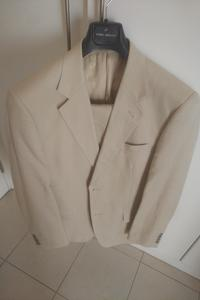 Used Suit, Daniel Hechter , Linen, Size 50 in Dubai, UAE