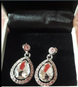 Used Adrienne collections...grab it in Dubai, UAE
