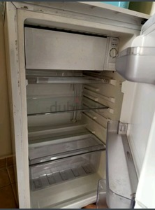 Used Small refrigerator in Dubai, UAE
