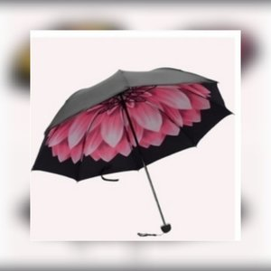 Used New lovely pink flower umbrella in Dubai, UAE