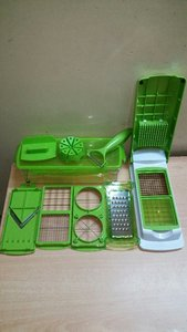 Used Nicer Dicer Box  Full Set in Dubai, UAE